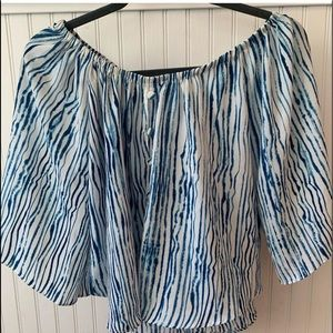 Vestique Blue and White Striped Shirt Size L